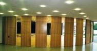 cari sliding wall penyekat ruangan kedap suara penyekat mini hall